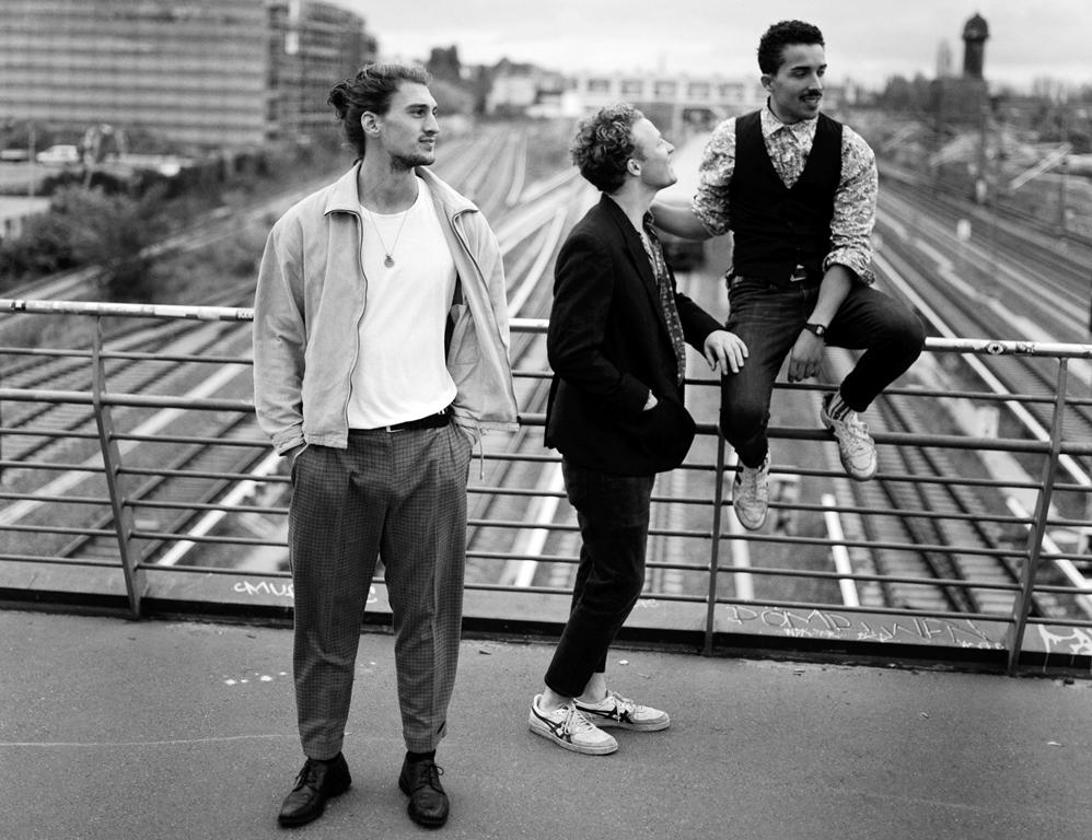 Kicker Dibs, Schmetterlinge, Videopremiere, Review, Single, Album, Vagabund, Indie, Pop, Musik, Online, Blog, Blogger, Musikmagazin, untold, untoldency, Tobias Schult